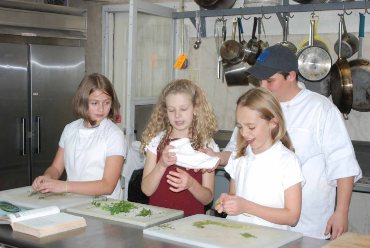 Asheville Academy Therapeutic Boarding School For Girls 10 14