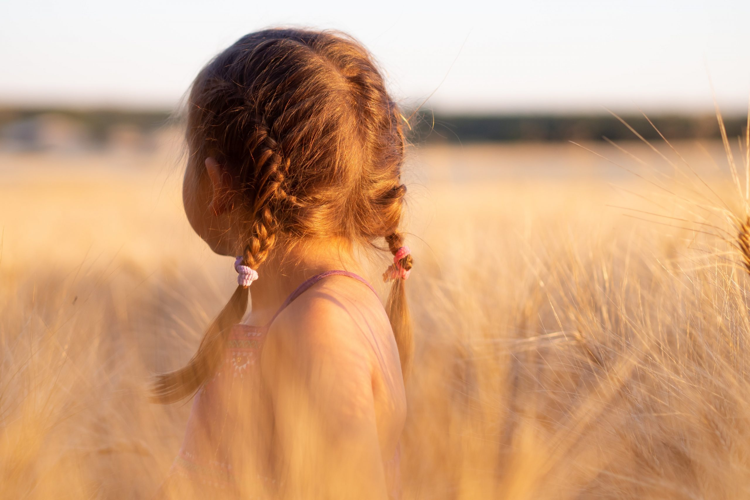 signs of ptsd from childhood trauma